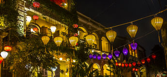 Historische straten, lantaarns, royalty-vrije stock afbeelding