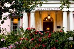 Historische Taverne in der Savanne lizenzfreie stockbilder