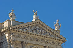 Historische und mythologische Architekturdetails an Hofburg-Palast in Wien Lizenzfreie Stockfotos