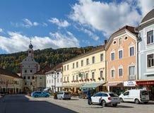 Historische van de binnenstad Gmuend in Kaernten, Oostenrijk Stock Foto