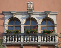 Historische vensters in Vodnjan Royalty-vrije Stock Afbeelding