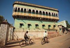 Historische Villa in der indischen Stadt Stockfoto