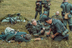 Historische wederopbouw tweede wereldoorlog De Duitse militairen zijn Stock Foto
