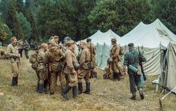 Historische wederopbouw tweede wereldoorlog Russisch en Duits s Royalty-vrije Stock Fotografie