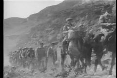 Historische Wiederinkraftsetzung der fremden Legion in Marokko stock video