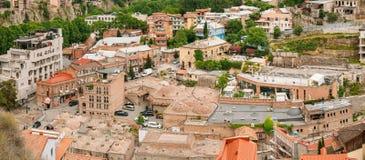 Historischer Bezirk Abanotubani - Bad-Bezirk in alter Stadt Tifliss Stockfotografie