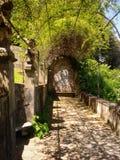 Historischer Garten in Toskana stockfotos