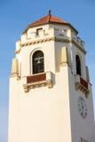 Historischer Glockenturm auf einem weißen Zugdepot in Idaho Lizenzfreies Stockfoto