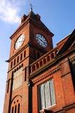Historischer Kontrollturm mit Borduhr in Brighton Lizenzfreie Stockbilder