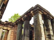 Historischer Park antike Steinsäulen Phimai Stockfotografie