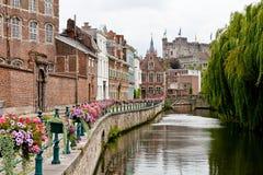 Historischer romantischer Platz in Gent lizenzfreie stockfotografie