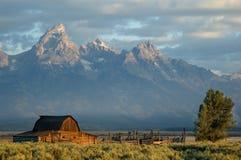 Historischer Stall im großartigen Teton Nationalpark Lizenzfreies Stockbild