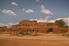 Historischer Taos Pueblo Lizenzfreies Stockbild