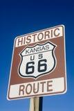 Historischer Weg 66 kennzeichnen innen Kansas Lizenzfreies Stockfoto