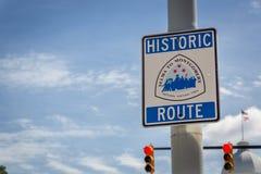 Historischer Weg unterzeichnen herein einen Tag des blauen Himmels in Montgomery Alabama, USA Lizenzfreies Stockbild
