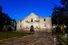 Historisches Alamo in der Dämmerung Lizenzfreie Stockfotografie