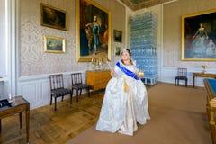 Historisches cosplay Frau im Similitude von Katharina die Große, Kaiserin von Russland lizenzfreies stockbild