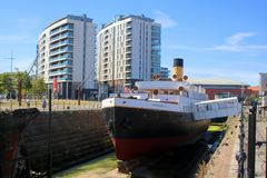 Historisches Dampfschiff im Drydock stockfotos