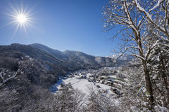 Historisches Dorf von Shirakawago im Winter, Japan Lizenzfreies Stockbild