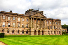 Historisches englisches prächtiges Haus Lizenzfreie Stockfotografie