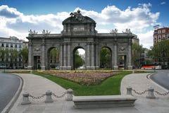 Historisches Gatter - Puerta de Alcala - Madrid - Spanien Lizenzfreies Stockfoto