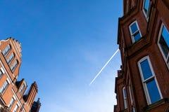 Historisches Gebäude und Himmel lizenzfreies stockfoto
