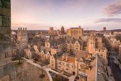 Historisches Gebäude und Universität von Yales-Campus Stockbilder