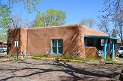 Historisches Haus des luftgetrockneten Ziegelsteines Lizenzfreie Stockbilder