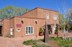 Historisches Haus des luftgetrockneten Ziegelsteines Stockbild