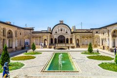 Historisches Haus 04 Kashan Tabatabaee stockbild
