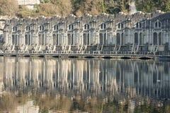 Historisches Maschinenhaus bei Trezzo über Adda-Fluss, Italien Lizenzfreies Stockbild