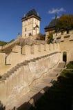 Historisches Schloss in Karlstein Stockbilder