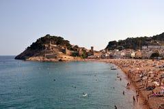 Schloss und Strand in Tossa de Mar in der Costa Brava, Katalonien, Spanien Stockfotografie