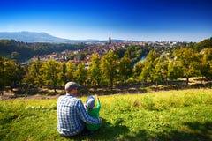 Historisches Stadtzentrum von Bern mit Aare-Fluss, die Schweiz Stockbilder