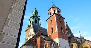 """Historisches Viertel von Krakau, Polen - königliches Schloss Wawel †""""Wawel-Kathedrale stock footage"""