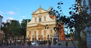 Historisches Viertel von Krakau, von Polen - von St Peter und von Paul Church stock video