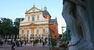Historisches Viertel von Krakau, von Polen - von St Peter und von Paul Church stock video footage