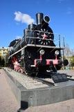 Historisk ångalokomotiv på skärm i Astana Arkivbilder
