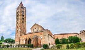 Historisk abbotskloster av Pomposa och den berömda kloster, Codigoro, Emilia-Romagna, Italien Arkivfoton