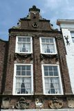 Historisk arkitektur av byggnad med galande-moment gavlar royaltyfria foton