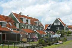 Historisk arkitektur i Marken, Nederländerna Arkivbilder