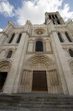 Historisk basilika av St Denis i Fance Arkivfoto