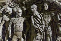 Historisk basrelief/skulptur, krigsherreer av 1812 royaltyfri fotografi