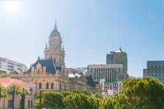 Historisk byggnad för Cape Town stadshus i centret av staden royaltyfri fotografi