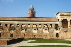 Historisk byggnad i Mantova, Italien Arkivfoto