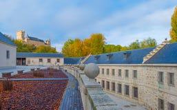 Historisk byggnad i Segovia arkivbild