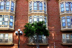 historisk byggnadsfacade Arkivbild