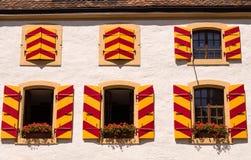 Historisk Chateau i Neuchatel Schweitz Arkivfoto