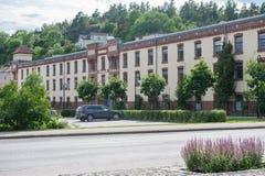 Historisk fabriksbyggnad i Valdemarsvik Fotografering för Bildbyråer