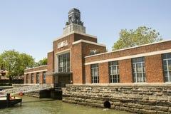 Historisk färjabyggnad, Ellis Island Fotografering för Bildbyråer